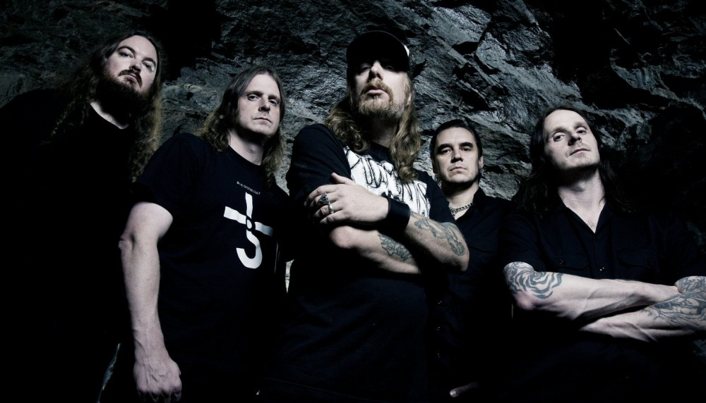 At The Gates nous propose un autre titre de ''To Drink From The Night Itself''