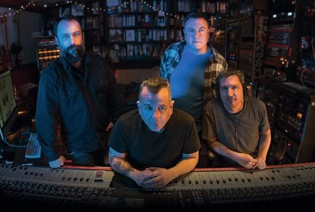 CLUTCH : sortie de la lyric video de ''Gimme The Keys'' !