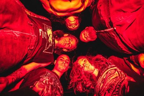 CODE ORANGE : Nouveau clip ''BLEEDING IN THE BLUR''!