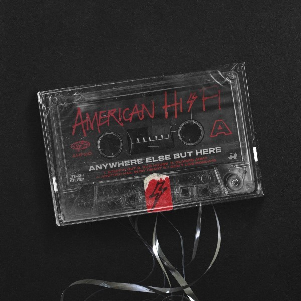 "AMERICAN HI-FI réalise une cover de Squeeze ""another nail in my heart"""