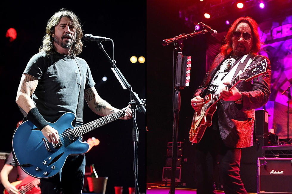 Foo Fighters dévoile un cover d'Ace Frehley, ''Ozone''!