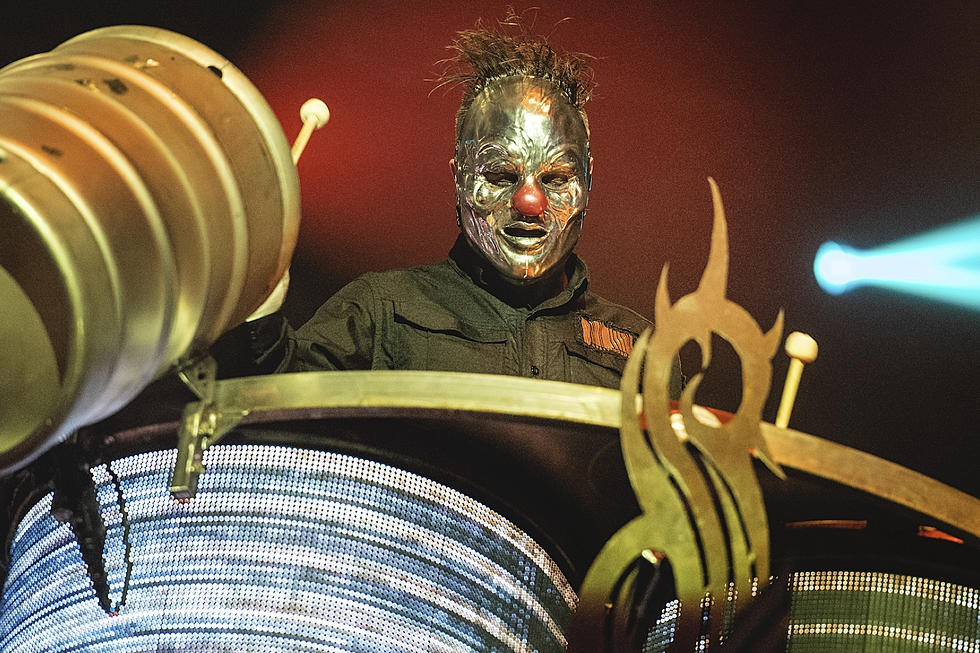 ''Look Outside Your Window'' de Slipknot devait sortir à Noël!