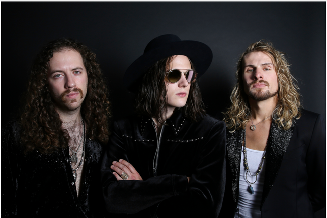 Tyler Bryant & The Shakedown : New Lyric Video