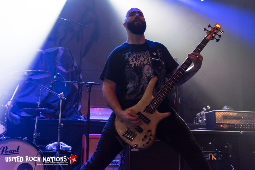 Report Fit For An Autopsy à l'Elysée Montmartre le 20/032018