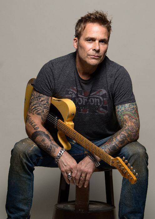 Mike Tramp sort son nouvel album studio ''Stray From The Flock'' en mars.