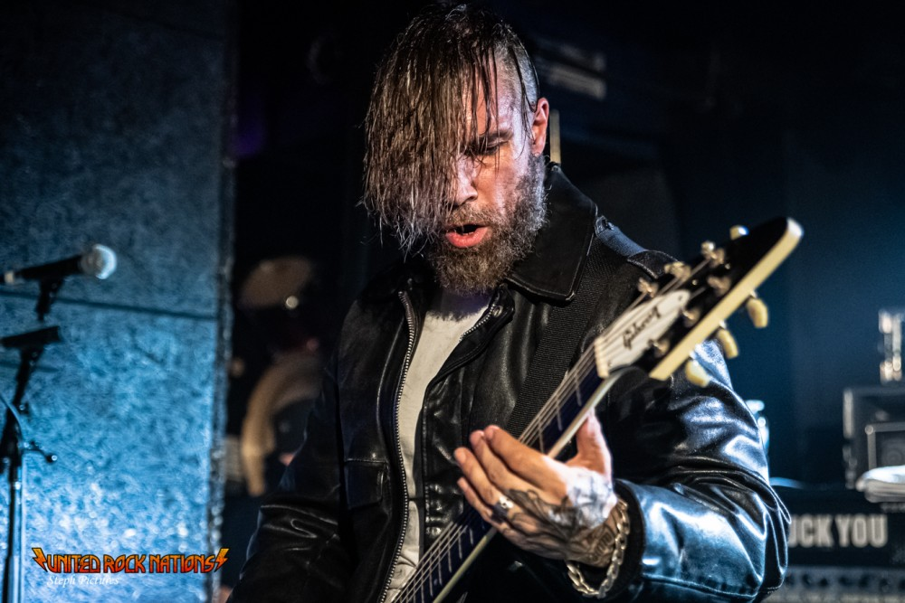 Report Karras au O'Sullivan Backstage By The Mill le 12/06/2019