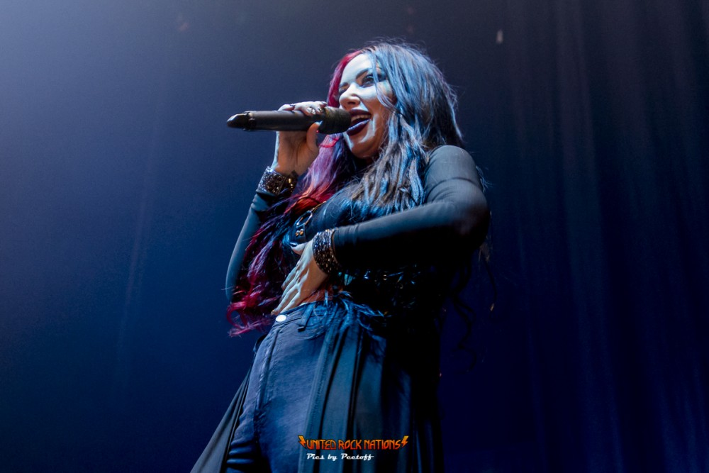 Live-report  NEW YEARS DAY @ Salle Pleyel, le 13/11/2019 !