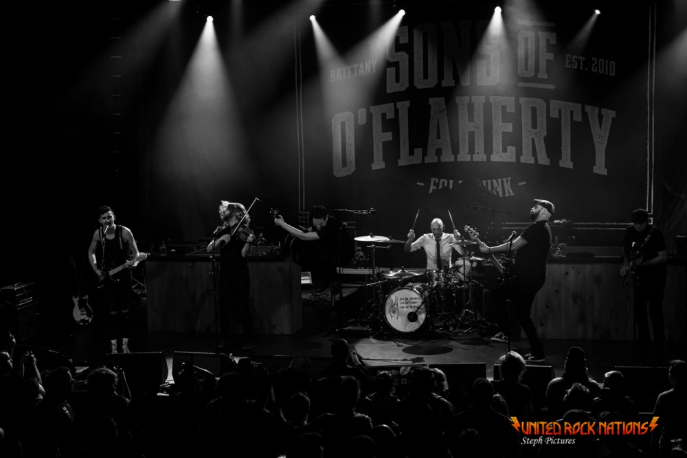 Report Sons Of O'Flaherty au Trianon le