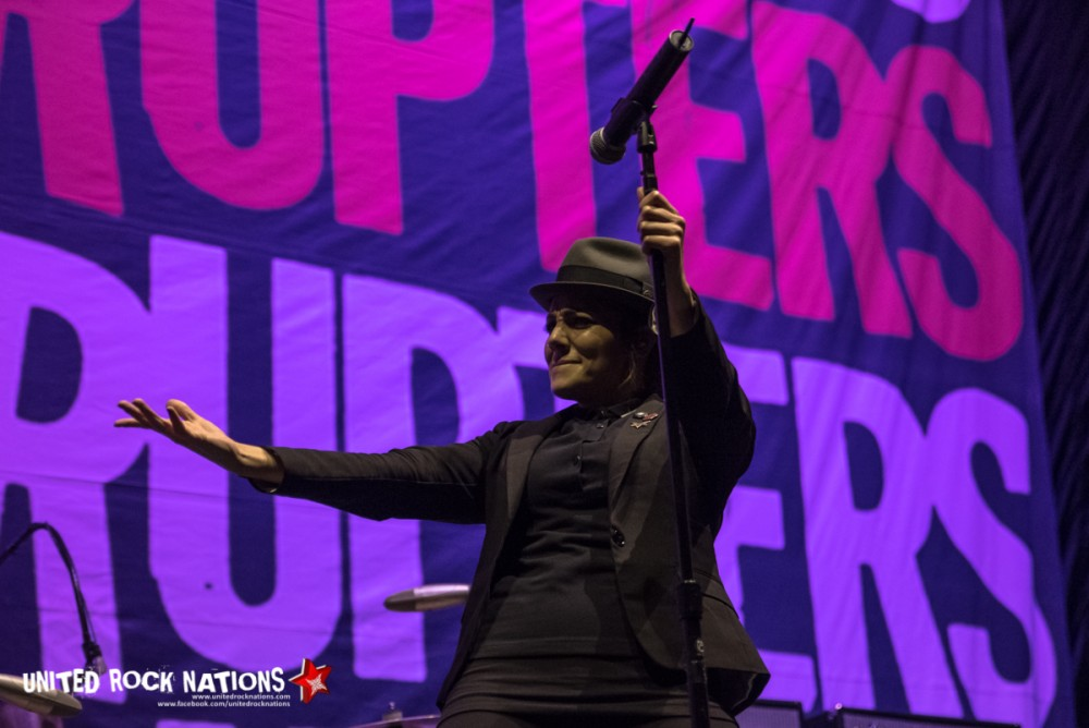 Porte Folio - The Interrupters à l'AccorHotels Arena le 03/02/2017